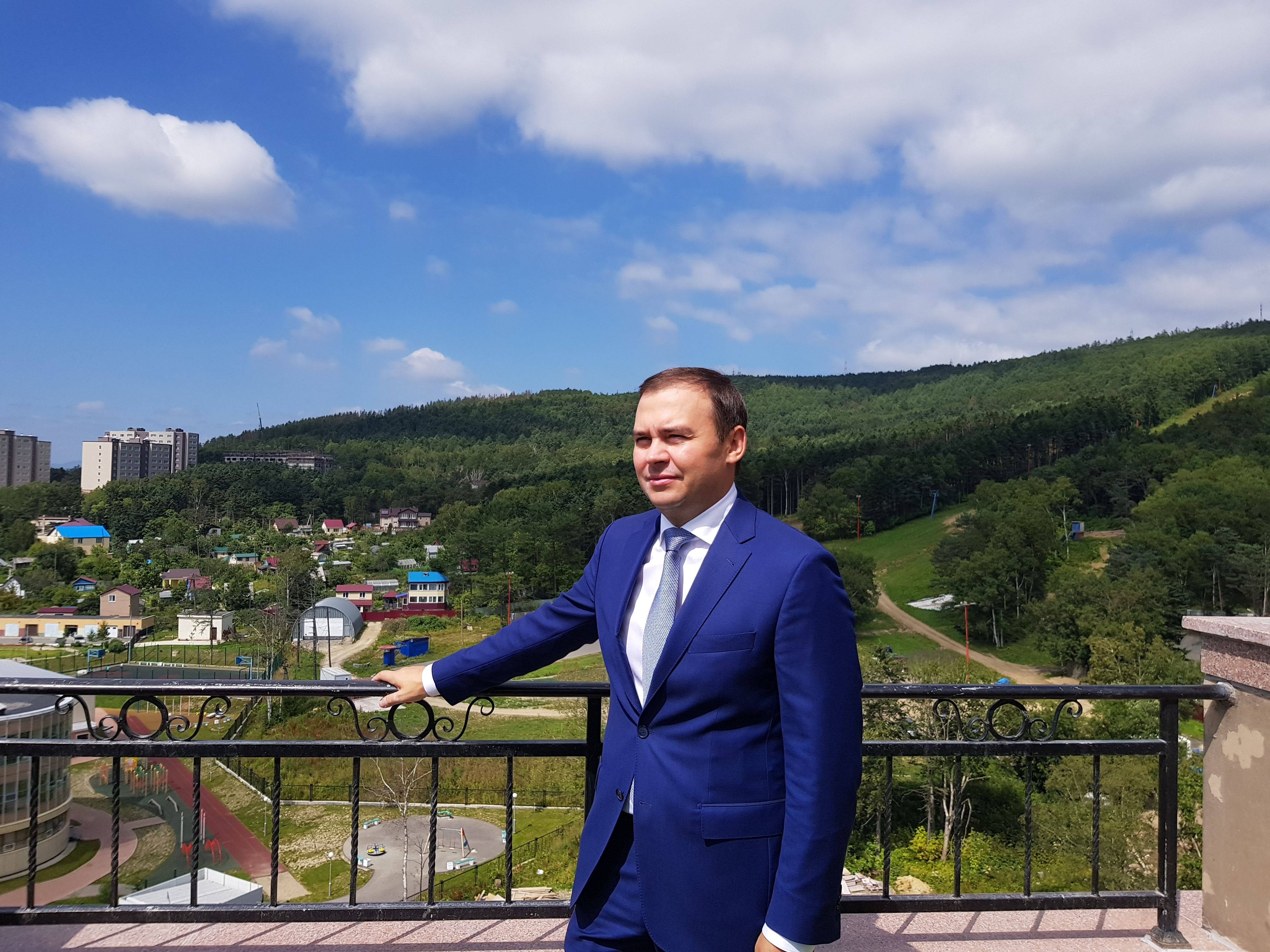 На сахалинской земле...Юрий Афонин - депутат-коммунист