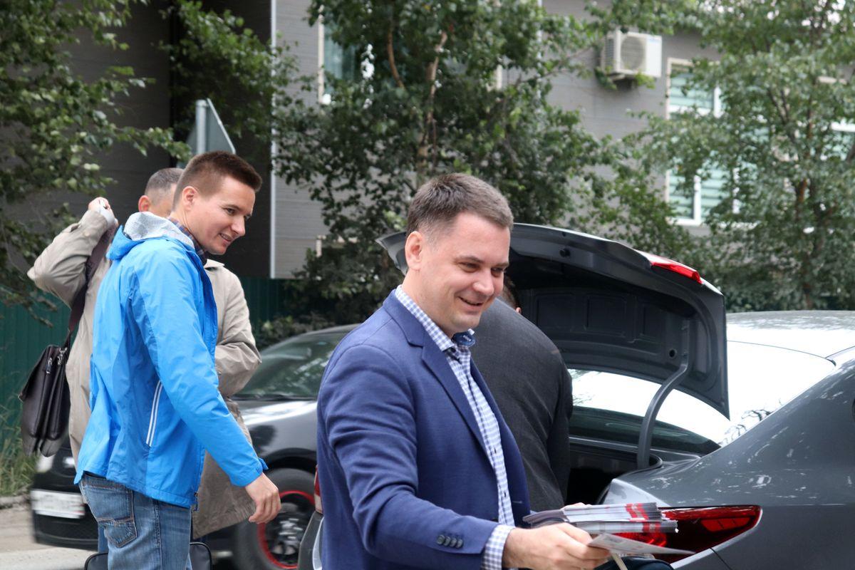 На Сахалине сожгли автомобиль депутата Госдумы РФ и кандидата в губернаторы Алексея Корниенко